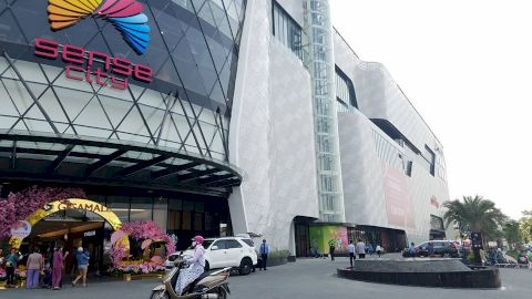 Discover Gigamall Shopping Center of Vietnamese people